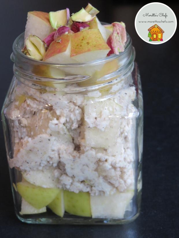 Overnight oatmeal pera e pistacchi
