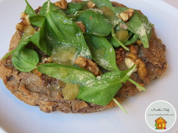 Focaccia noci, spinacino e marmellata di pere - contest Love Veggy! Rigoni di Asiago