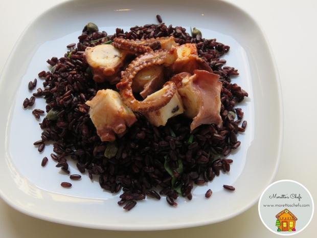 Polpo alla gallega su letto di riso venere