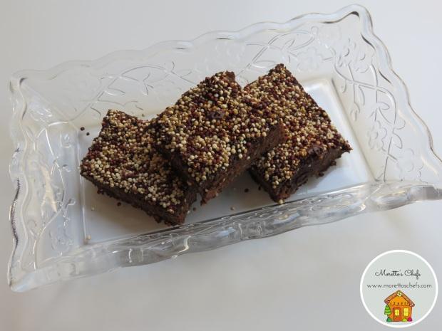 Brownies al cioccolato, fagioli neri e quinoa soffiata - ricetta per il Circolo del Cibo Altromercato
