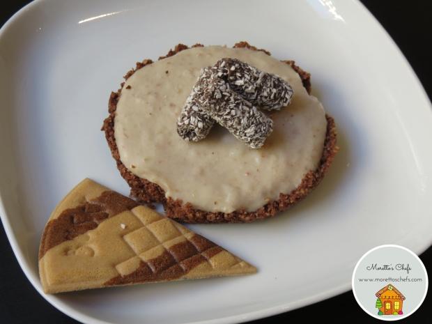 Finta cheesecake al biancomangiare (senza cheese e senza glutine)