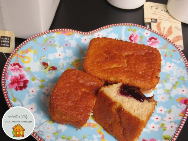 Mini plumcake al tè e composta di lamponi - ricetta per il Circolo del Cibo Altromercato