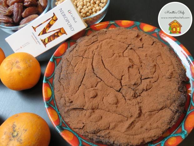 Torta al cioccolato di Modica, ceci, pistacchi e arancia