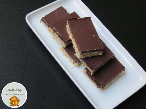 Barrette energetiche al cocco e cioccolato - ricetta per Vivere per raccontarla